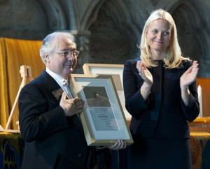 Holberg Prize laureate 2012 Manuel Castells and HRH Crown Princess Mette-Marit at the award ceremony of the 2012 Holberg International Memorial Prize. Photo: Holbergprisen / Marit Hommedal / Scanpix.