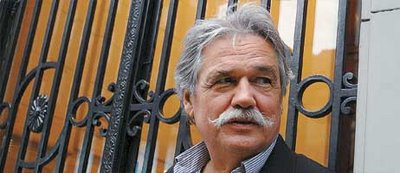 Vincent de Gaulejac. Fuente Imagen: www.elpsicoanalistalector.blogspot.com.es